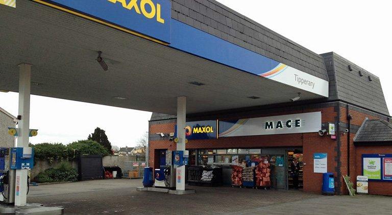 Wall's Mace Maxol